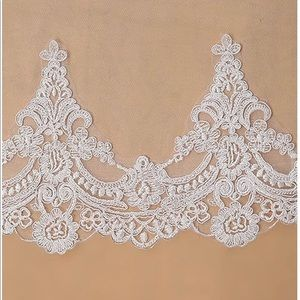 White LaceEdge Cathedral Wedding Bridal Veil Comb